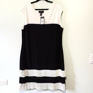 Frank Lyman design pleated black & white dress